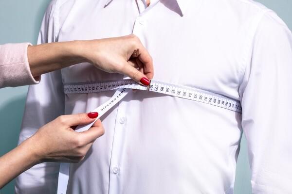 usługa szycie na miarę pobranie miary z klatki piersiowej