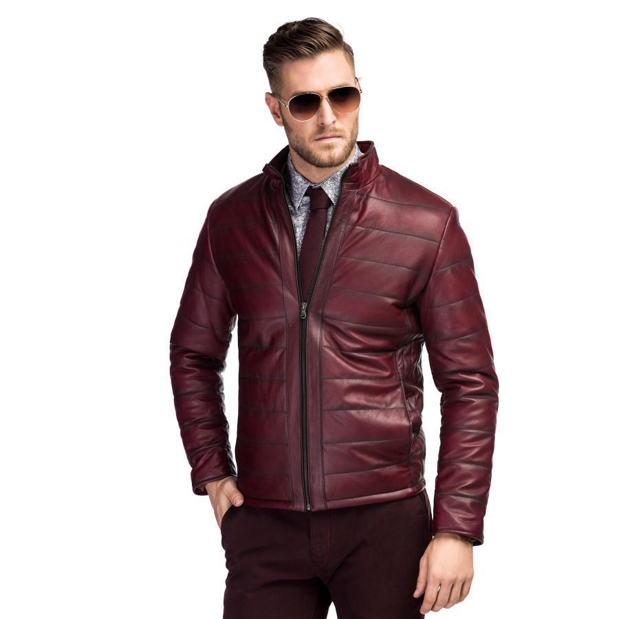 bordowa kurtka skórzana